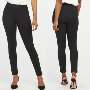 SPANX The Perfect Pant Ponte Skinny Ankle Backseam